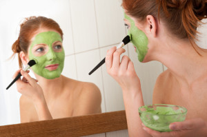 homemade moisturizing face mask for dry skin